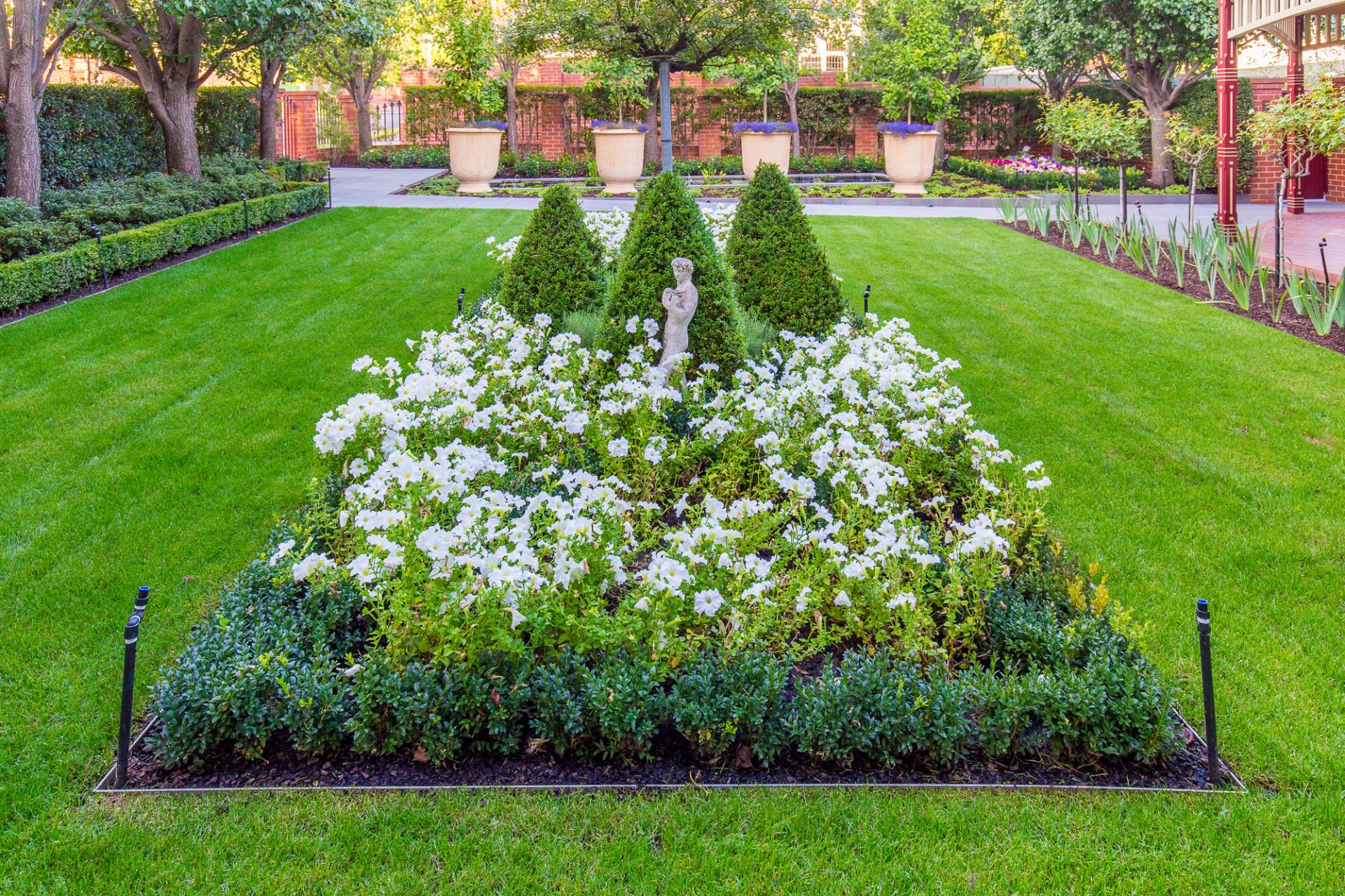 Classic Edwardian Garden